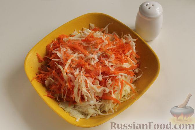 Фото приготовления рецепта: Капуста с рисом, в духовке - шаг №3