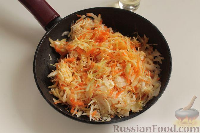Фото приготовления рецепта: Капуста с рисом, в духовке - шаг №4