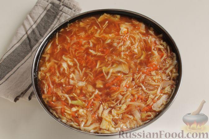 Фото приготовления рецепта: Капуста с рисом, в духовке - шаг №6