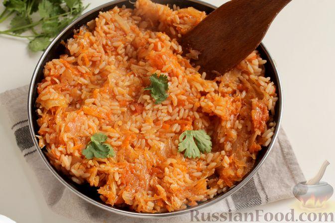 Фото приготовления рецепта: Капуста с рисом, в духовке - шаг №8