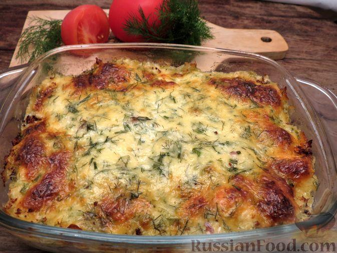 Фото приготовления рецепта: Картофельная запеканка с сёмгой и сырно-сливочным соусом - шаг №9