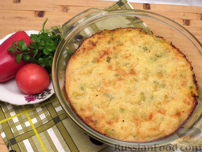 Фото к рецепту: Картофельная запеканка с куриным фаршем и сельдереем