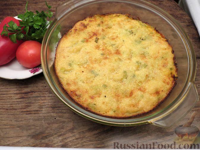 Фото приготовления рецепта: Картофельная запеканка с куриным фаршем и сельдереем - шаг №14