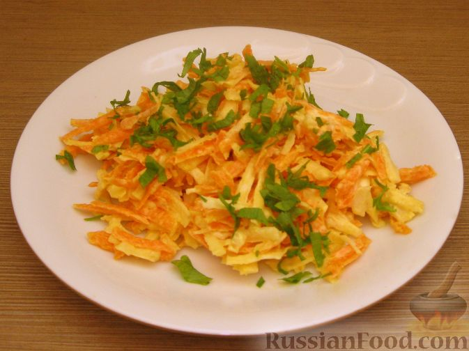Салаты с сельдереем стеблевым и морковью