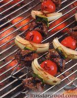 Фото к рецепту: Шашлыки из баранины и овощей