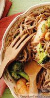 Фото к рецепту: Лапша соба с креветками и брокколи