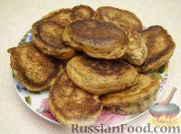 Фото к рецепту: Закусочные оладьи с грибами