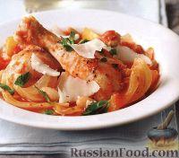 Фото к рецепту: Курица, тушенная в томатном соусе (в медленноварке)
