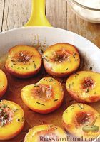 Фото к рецепту: Карамелизованные персики с розмарином