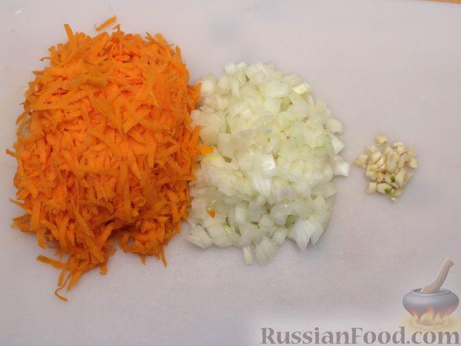 Фото приготовления рецепта: Тушёная цветная капуста с грибами - шаг №2