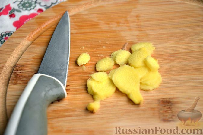 Фото приготовления рецепта: Суфле из каркаде с имбирём и мятой - шаг №2