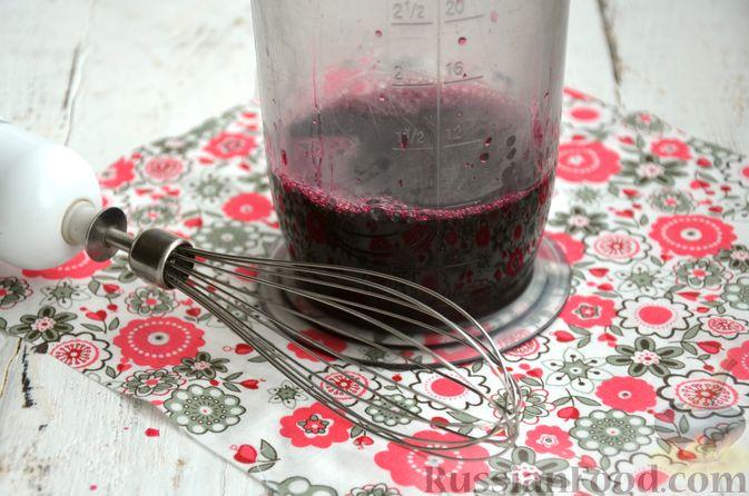 Фото приготовления рецепта: Суфле из каркаде с имбирём и мятой - шаг №6