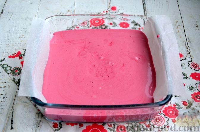 Фото приготовления рецепта: Суфле из каркаде с имбирём и мятой - шаг №8