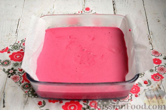 Фото приготовления рецепта: Суфле из каркаде с имбирём и мятой - шаг №9