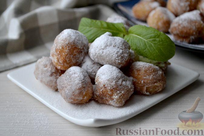 Фото к рецепту: Мини-пончики на йогурте