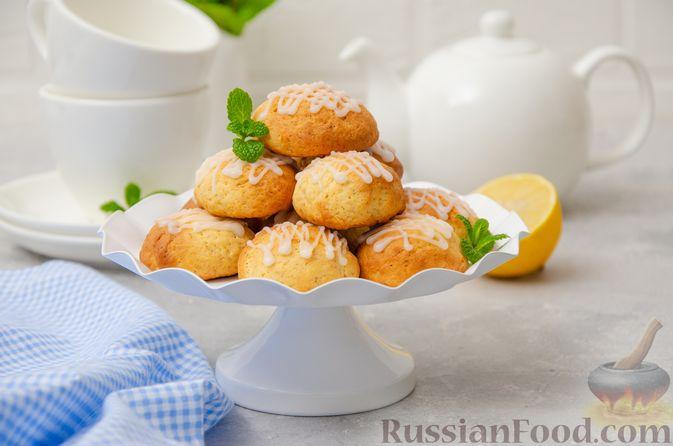 Фото к рецепту: Творожное печенье с мёдом, цедрой и сахарной глазурью