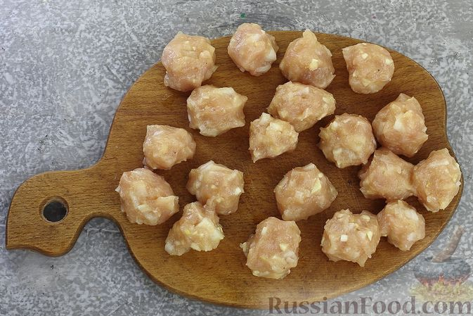 Фото приготовления рецепта: Борщ сибирский - шаг №11