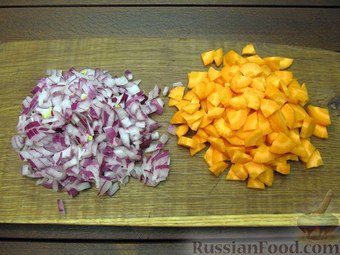 Фото приготовления рецепта: Рыбный суп со сливками - шаг №5
