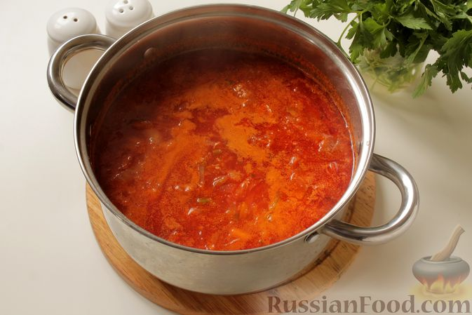 Фото приготовления рецепта: Борщ с курицей и тыквой - шаг №12