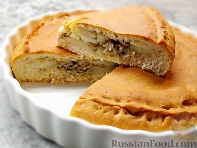 Фото к рецепту: Пирог с мойвой и картофелем