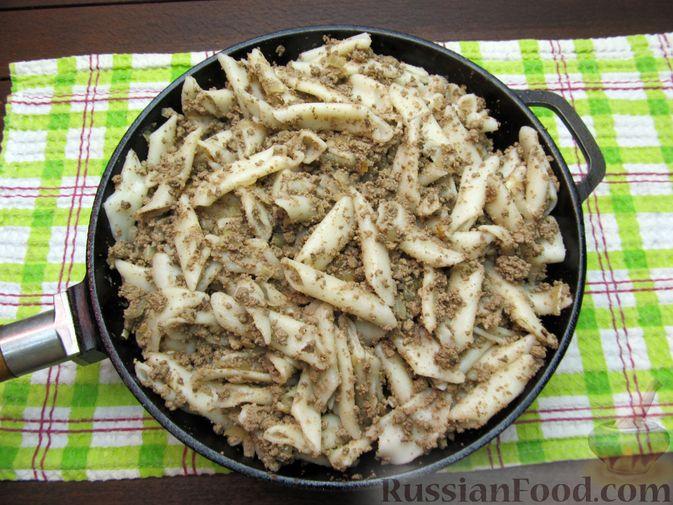 Фото приготовления рецепта: Макароны по-флотски с куриной печенью - шаг №12