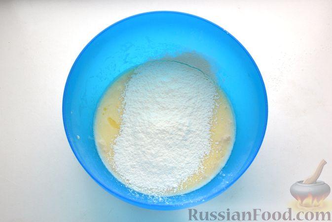 Фото приготовления рецепта: Дрожжевые пирожки с куриной печенью - шаг №15