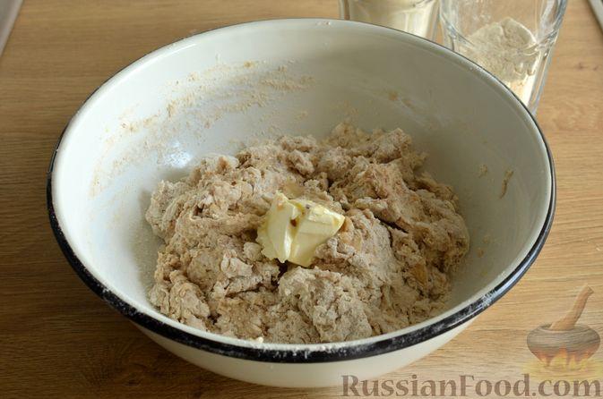 Фото приготовления рецепта: Булочки с цельнозерновой и льняной мукой - шаг №8