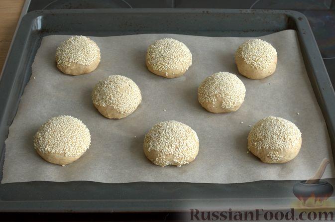 Фото приготовления рецепта: Булочки с цельнозерновой и льняной мукой - шаг №14