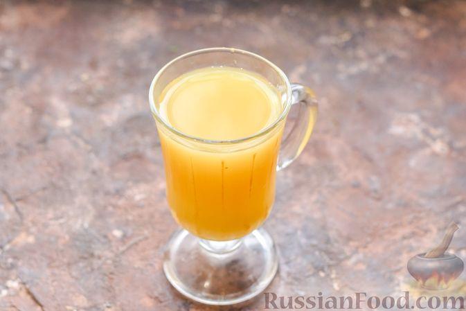 Фото приготовления рецепта: Десерт с печеньем, апельсиновым и шоколадным заварным кремом - шаг №3