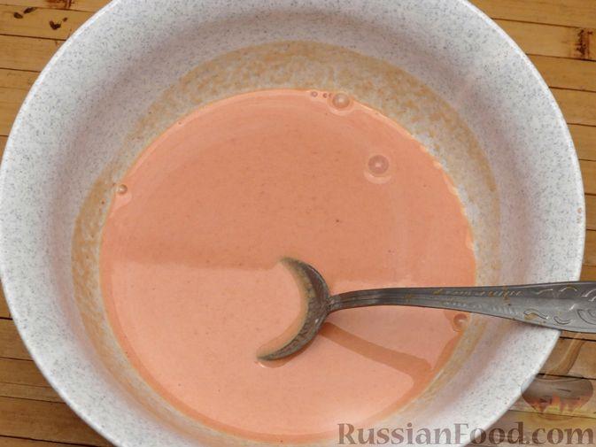 Фото приготовления рецепта: Тефтели из куриного фарша с рисом и грибами, в сливочно-томатном соусе - шаг №8
