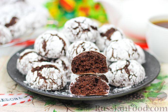 Фото приготовления рецепта: Мраморное шоколадное печенье с трещинками - шаг №7