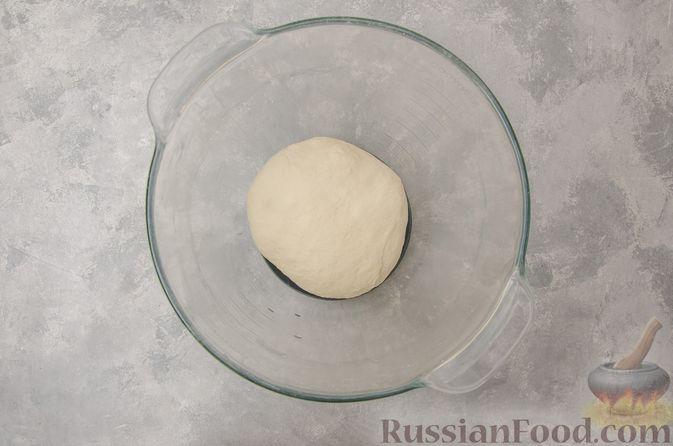 Фото приготовления рецепта: Вареники со шпинатом, творогом и рассольным сыром - шаг №3