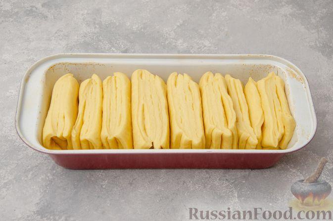Фото приготовления рецепта: Отрывной сладкий хлеб с сахарной корочкой - шаг №18