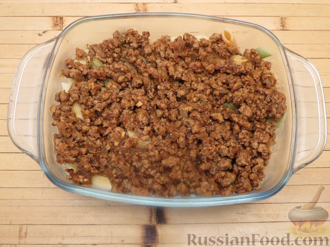 Фото приготовления рецепта: Макароны по-флотски с мясным фаршем (в духовке) - шаг №9