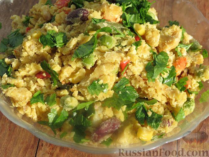 Фото к рецепту: Чечевица с мексиканской смесью овощей