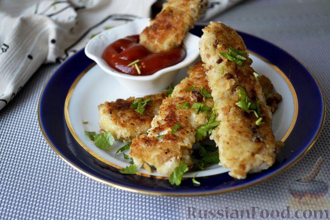 Фото приготовления рецепта: Куриные наггетсы в сырно-крекерной панировке - шаг №14