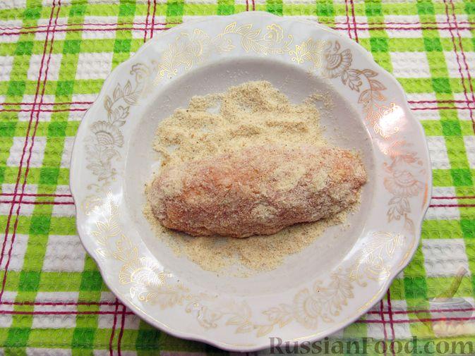 Фото приготовления рецепта: Куриные зразы с морковно-луковой начинкой - шаг №12