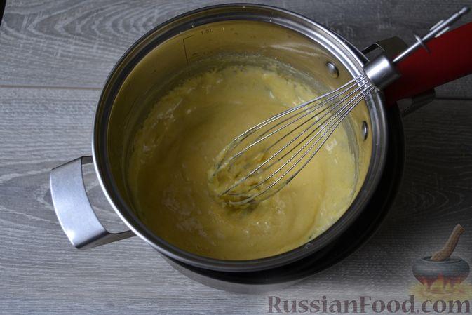 Фото приготовления рецепта: Конфеты с белым шоколадом, маком и лимонным курдом - шаг №7