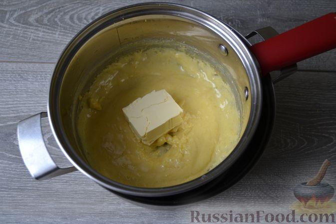 Фото приготовления рецепта: Конфеты с белым шоколадом, маком и лимонным курдом - шаг №8