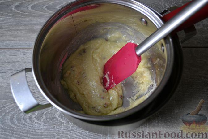 Фото приготовления рецепта: Конфеты с белым шоколадом, маком и лимонным курдом - шаг №11