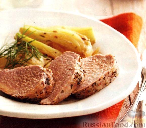 Рецепт Свиное филе с фенхелем и розмарином в сметанном соусе