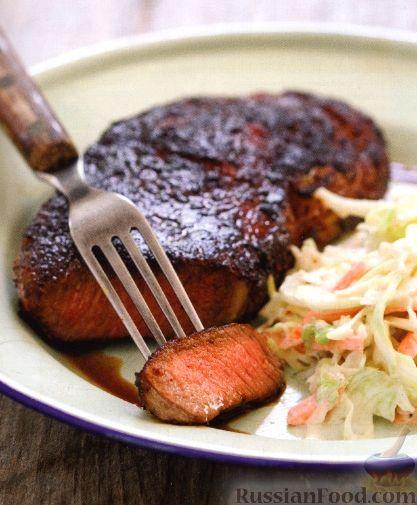 Рецепт Жареные стейки с капустным салатом