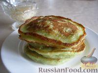 Фото к рецепту: Сладкие оладушки из кабачков
