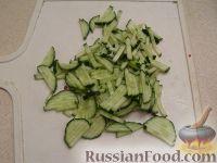 Фото приготовления рецепта: Окрошка на кефире - шаг №3