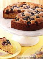 Фото к рецепту: Пирог с ежевикой и имбирем