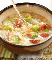 Фото к рецепту: Суп с пореем и копченой колбасой