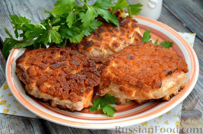 Фото изготовления рецепта: Шницель из свинины в хлебной панировке - шаг №14