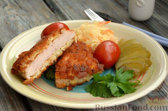 Фото изготовления рецепта: Шницель из свинины в хлебной панировке - шаг №17