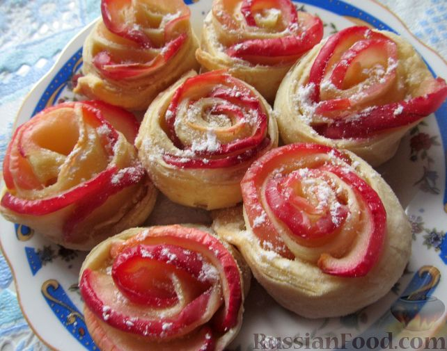 Рецепт Слоеные розочки с яблоком