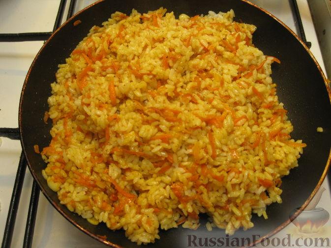 рис с луком и морковью на сковороде рецепт